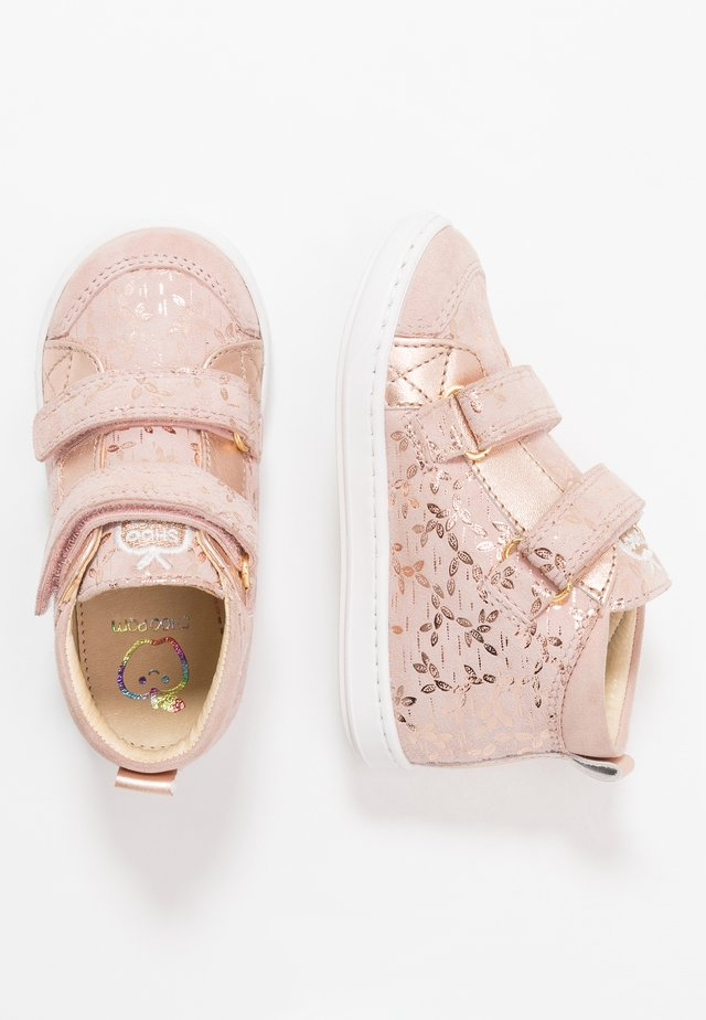 BOUBA NEW SCRATCH - Baby shoes - cream cooper