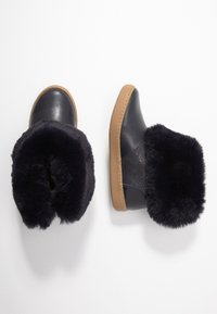 Shoo Pom - PLAY HEART - Classic ankle boots - navy/silver - 1