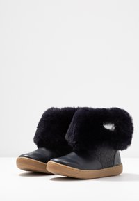 Shoo Pom - PLAY HEART - Classic ankle boots - navy/silver - 2