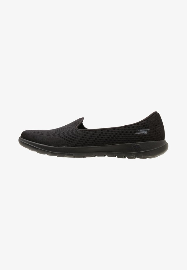 GO WALK LITE - Zapatillas para caminar - black