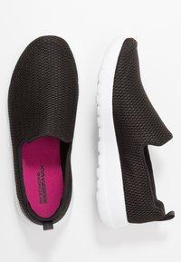 Skechers Performance - GO WALK JOY - Scarpe da camminata - black - 1