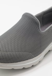 Skechers Performance - GO WALK 5 - Walking trainers - gray - 5