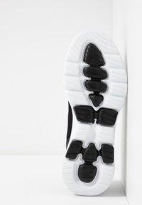 Skechers Performance - GO WALK 5 - Sportieve wandelschoenen - black/white - 4