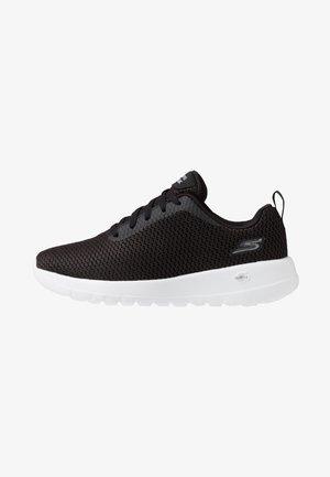GO WALK JOY - Sportieve wandelschoenen - black