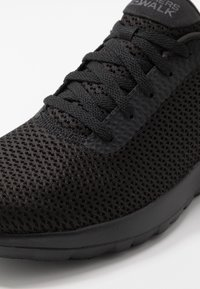 Skechers Performance - GO WALK JOY - Sportieve wandelschoenen - black/white - 5
