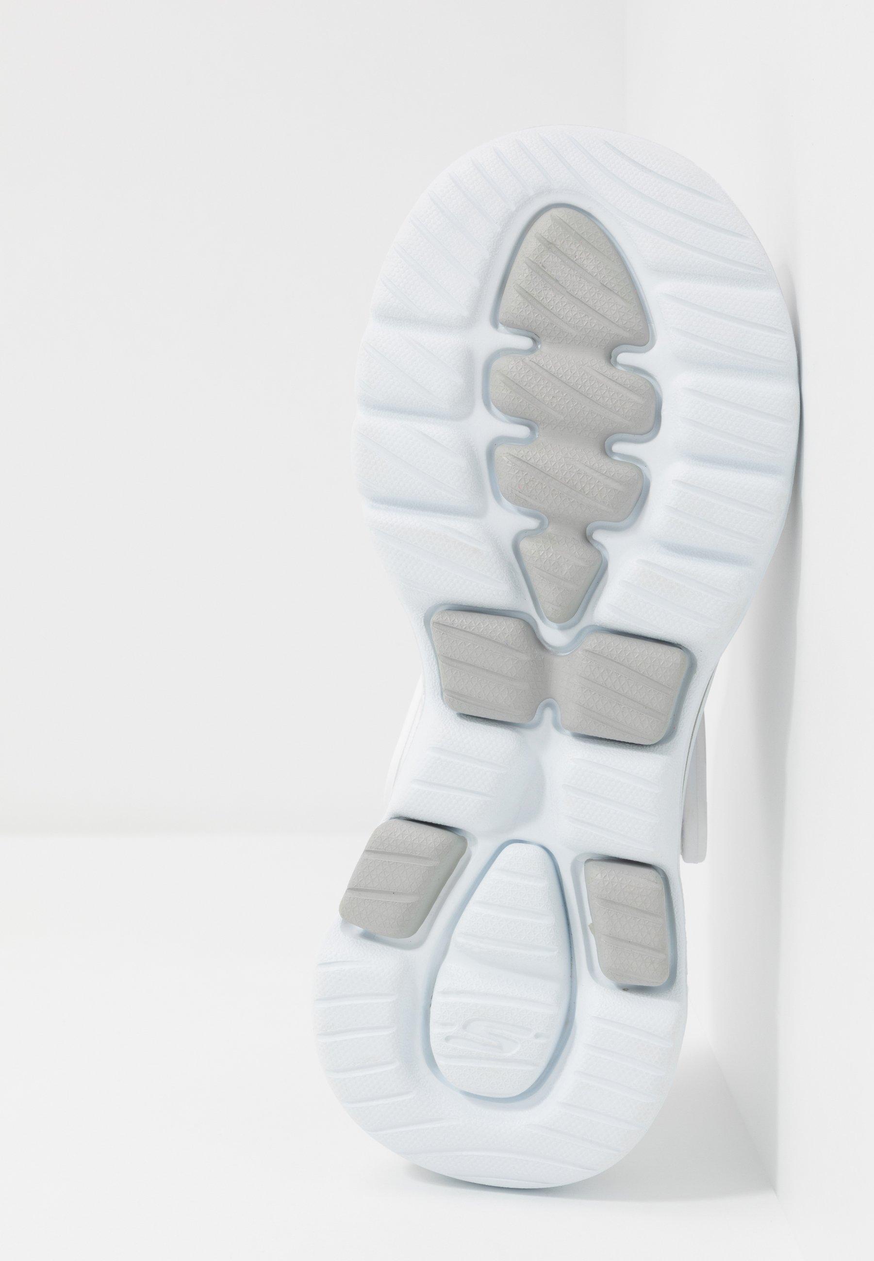 Skechers Performance GO WALK 5 - Badesandaler - white