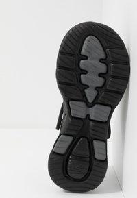 Skechers Performance - GO WALK 5 - Chanclas de baño - black - 4