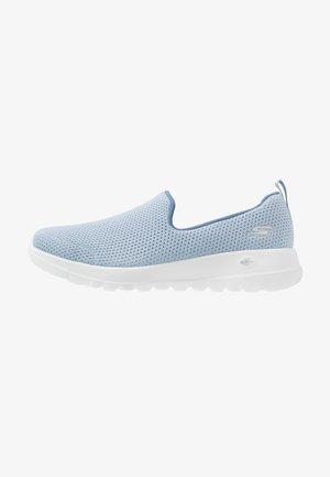 GO WALK JOY - Sportieve wandelschoenen - light blue