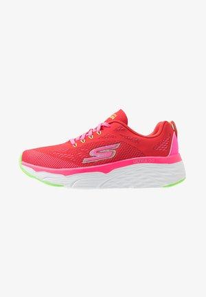 MAX CUSHIONING ELITE - Neutrální běžecké boty - red/pink