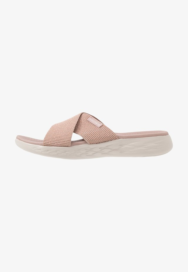 ON-THE-GO 600 - Walking sandals - rose gold
