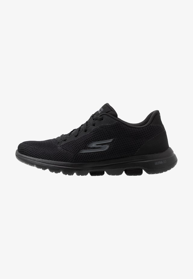GO WALK 5 - Sportieve wandelschoenen - black