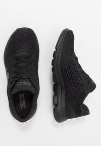 Skechers Performance - GO WALK 5 - LUCKY - Sportieve wandelschoenen - black - 1