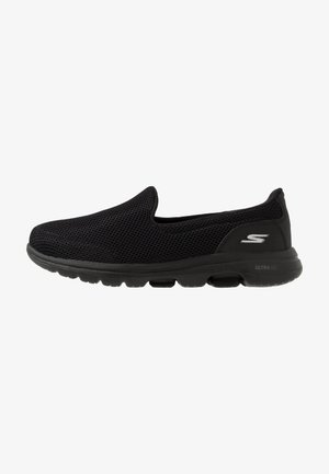 GO WALK 5 - Zapatillas para caminar - black
