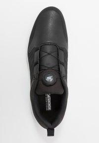 Skechers Performance - TORQUE TWIST - Golfsko - black/white - 1