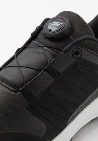 Skechers Performance - TORQUE TWIST - Golfsko - black/white - 5