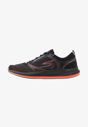 GO RUN PULSE - Obuwie do biegania treningowe - black/orange