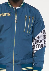 PLUS EIGHTEEN - Bomberjacke - blue - 3