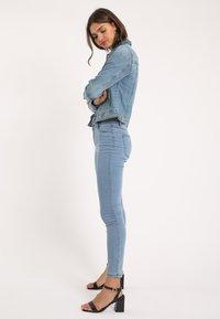 Pimkie - PIMKIE DUNKLE - Spijkerjas - ausgewaschenes blau - 1