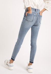 Pimkie - Jeans Skinny - washed out blue - 2