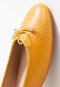 PARFOIS - Ballerines - yellow mustard - 6