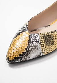 PARFOIS - Ballet pumps - multicolor/yellow - 2