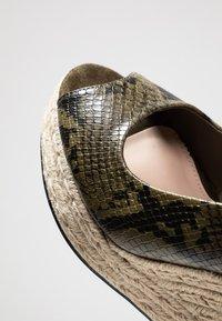 PARFOIS - Højhælede sandaletter / Højhælede sandaler - khaki - 2
