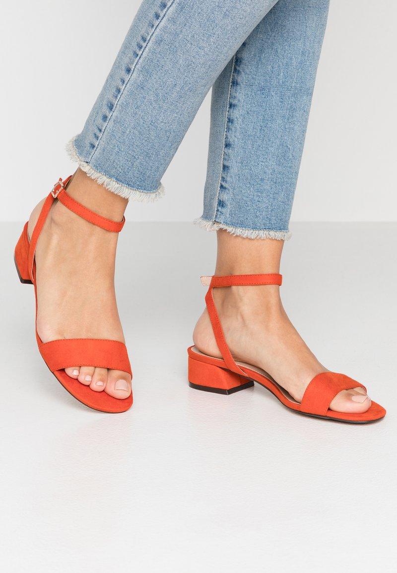 PARFOIS - Sandalias - orange