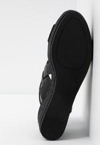 PARFOIS - Sandály na platformě - black - 6