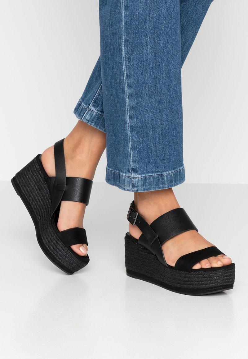 PARFOIS - Platform sandals - black
