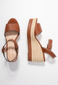 PARFOIS - Sandales à talons hauts - camel - 3
