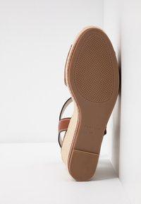 PARFOIS - Sandales à talons hauts - camel - 6