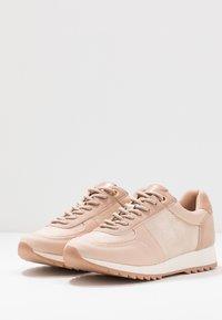 PARFOIS - Sneakers basse - nude - 4