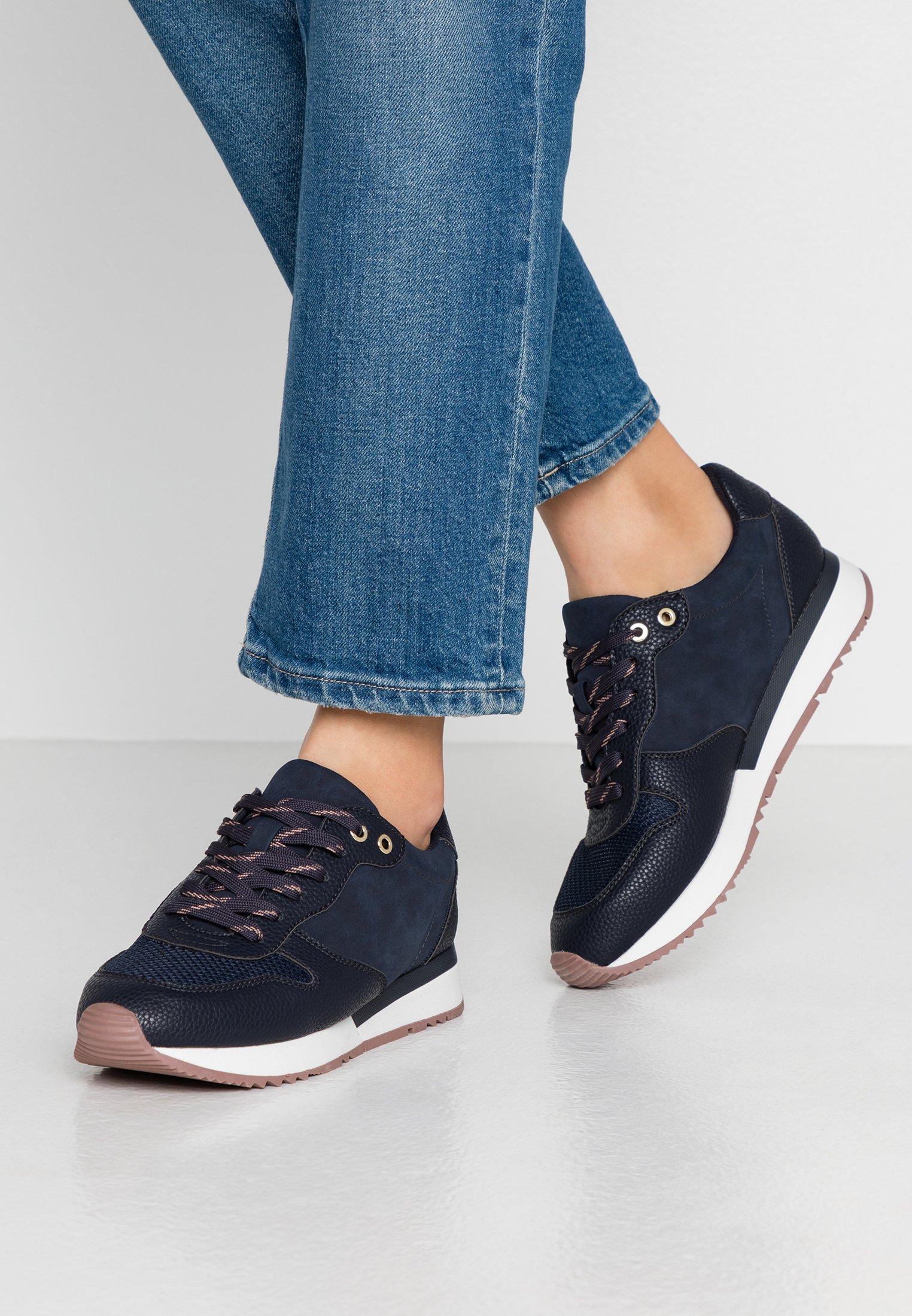 Parfois Chaussures Basket sans Talon Noir Femmes
