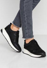 PARFOIS - Sneakers laag - black - 0