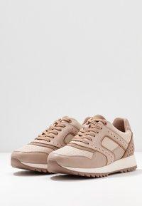 PARFOIS - Sneakers - nude - 4