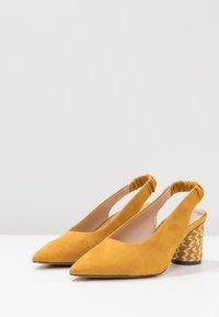 PARFOIS - Pumps - mustard - 4