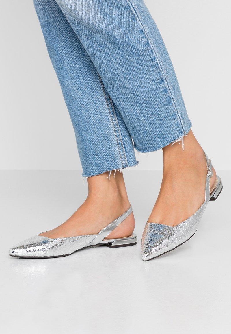 PARFOIS - Slingback ballet pumps - silver