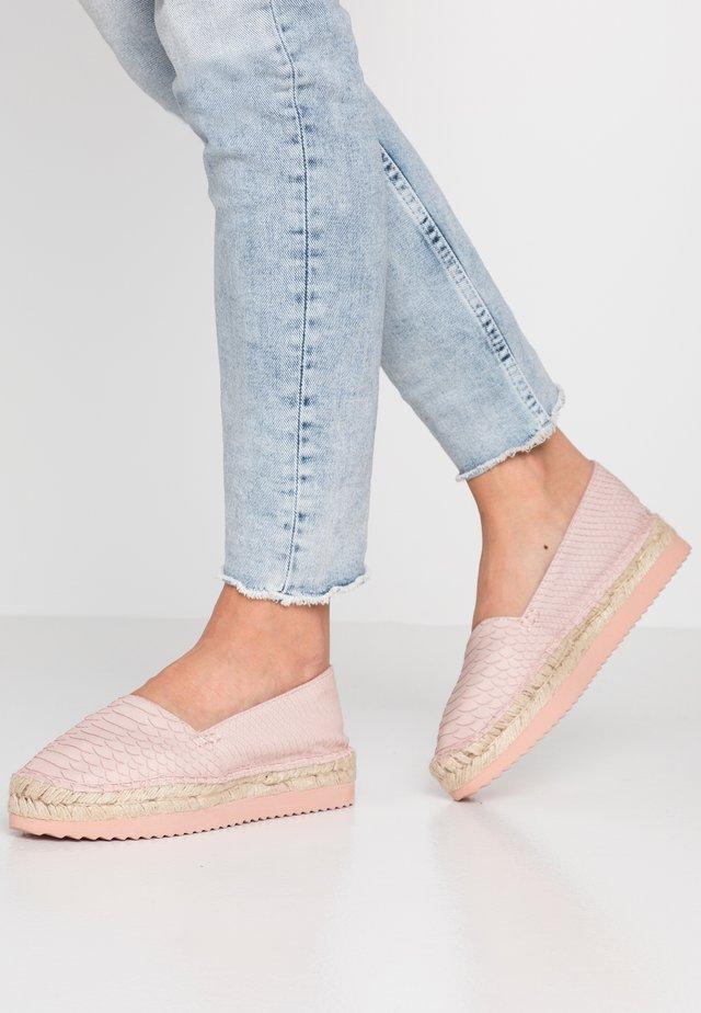 Espadrilles - light pink