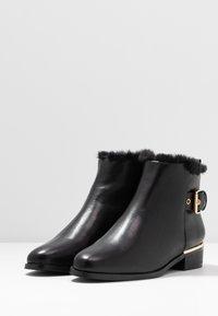 PARFOIS - Ankle boots - black - 4