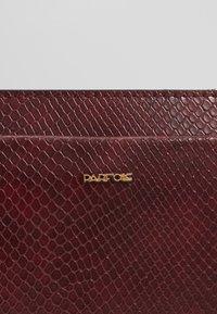 PARFOIS - Clutch - burgundy - 2