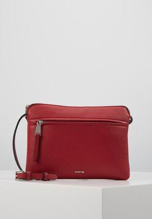 Bandolera - red