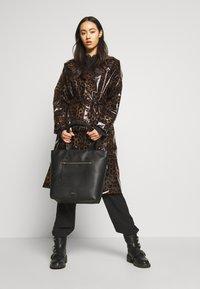 PARFOIS - Håndtasker - black - 1