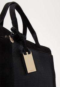 PARFOIS - Handtasche - black - 2