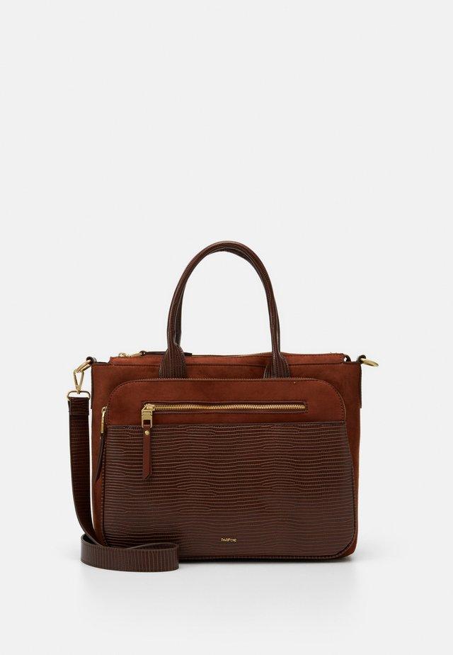 Briefcase - camel/tan