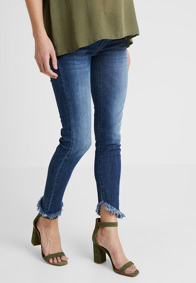 COLTON - Slim fit jeans - medium stoned