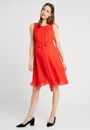 TAMIGI - Sukienka letnia - tulip red
