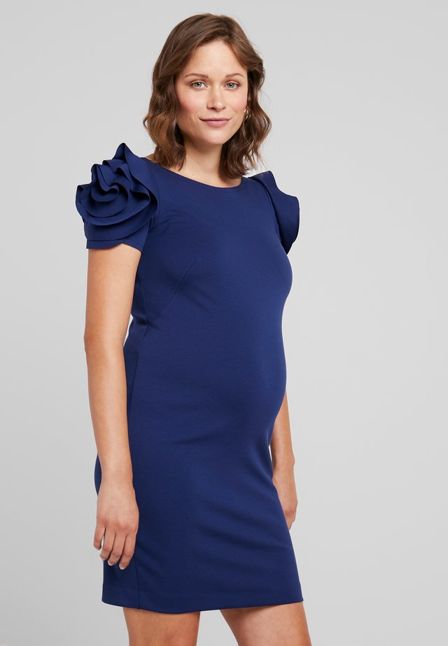 SALISBURGO - Fodralklänning - medieval blue