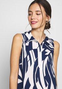 Pietro Brunelli - VITTORIA - Košilové šaty - blue - 4