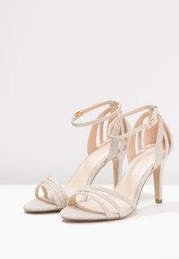 Paradox London Pink - MELODY - Sandalen met hoge hak - gold glitter - 4
