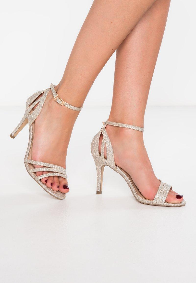 Paradox London Pink - MELODY - Sandalen met hoge hak - gold glitter